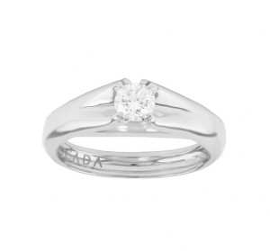 Escada Diamond Solitaire Engagement Ring Top 03TX-FF